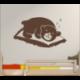 Wandtattoo schlafender Bär schlummert tief und fest auf weichen Kissen